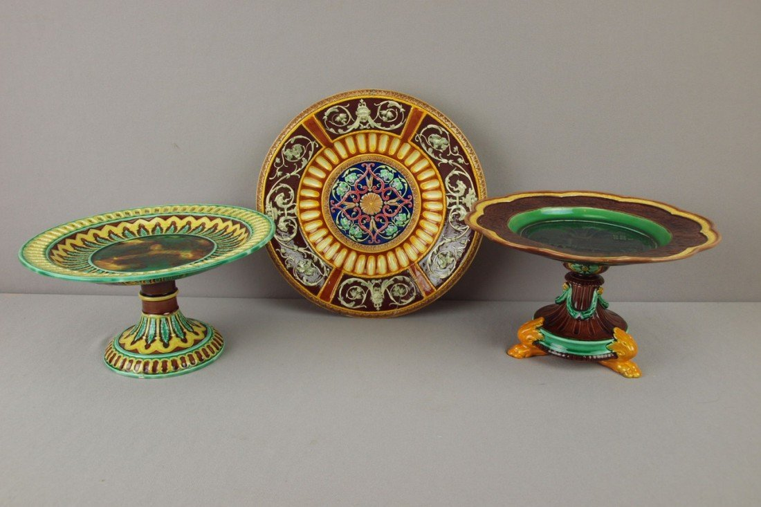 1: Majolica lot of 2 WEDGWOOD compotes and Copeland tra