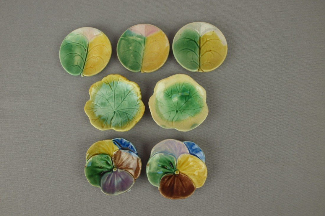 10: ETRUSCAN lot of 7 majolica butter pats - 2 pansy, 3