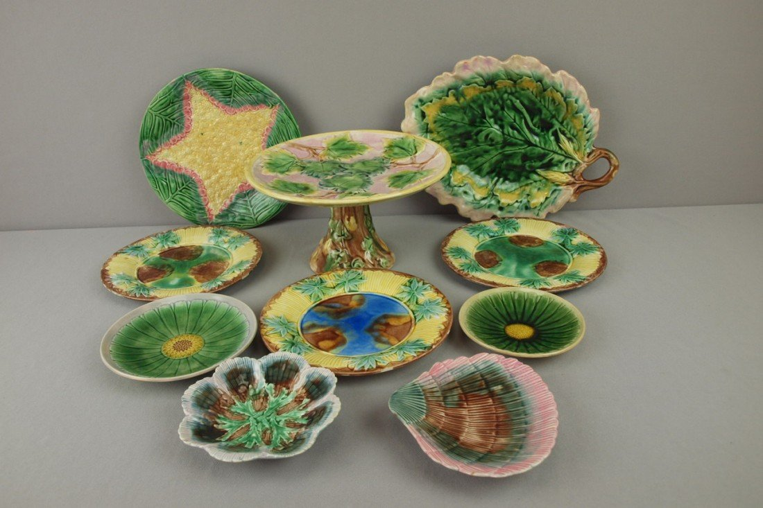 12: ETRUSCAN majolica lot of 10 plates, trays, sauce di