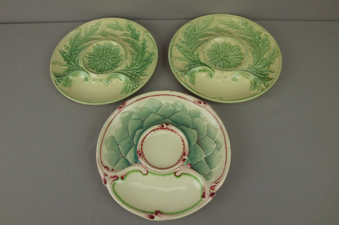 25: Majolica lot of 3 French artichoke plates
