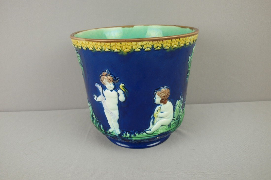 26: Majolica cobalt jardiniere with puttis, nice color,