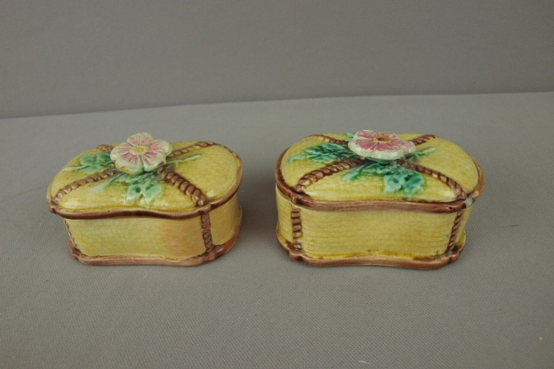36: Majolica pair of wild rose and rope match boxes, ni