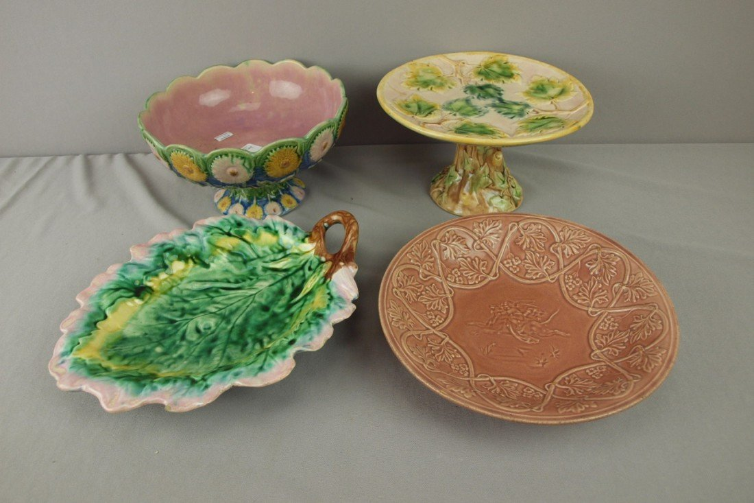 178: ETRUSCAN majolica lot of 4 pieces - Classical bowl