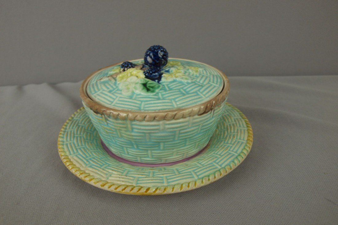 203: Majolica basketweave and blackberry butter tub and