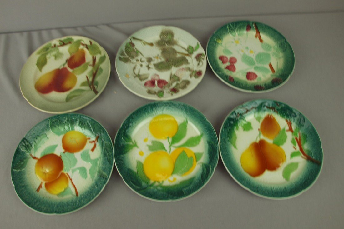 """217: French majolica lot of 6-8"""" fruit plates"""