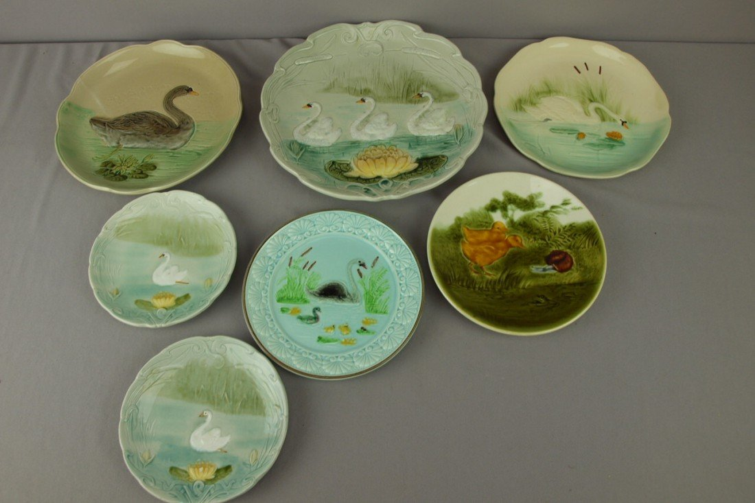 220: Majolica lot of 7 French plates, 6 with swans and