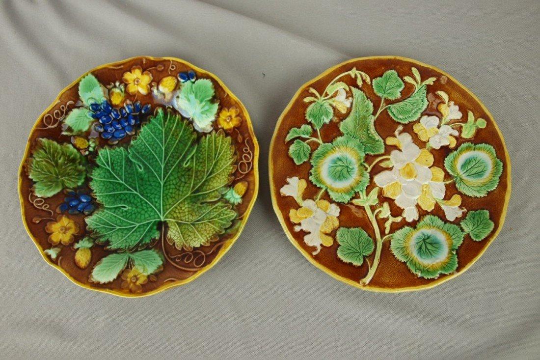 221: Majolica lot of 2 plates - geranium and strawberry