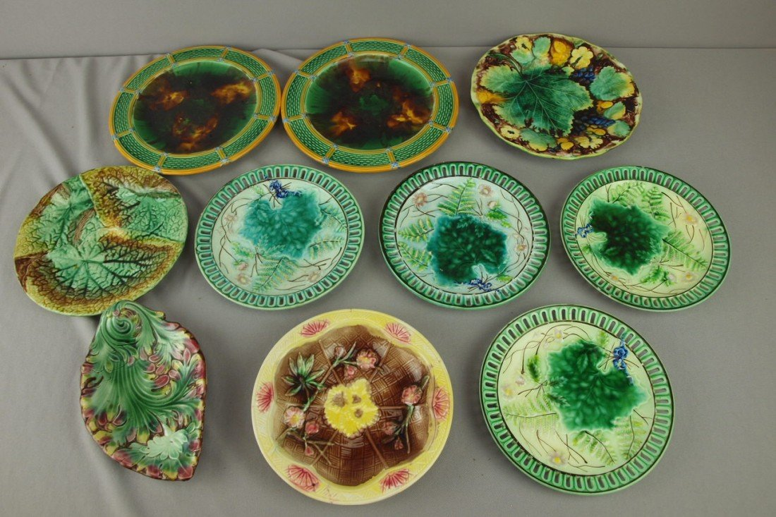 231: Majolica lot of 10 plates, various condition