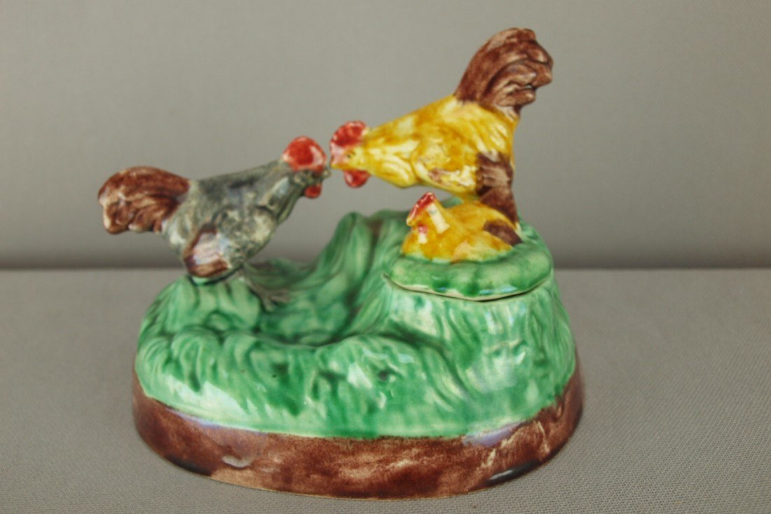 510: Portugal majolica roosters and hen figural inkwell