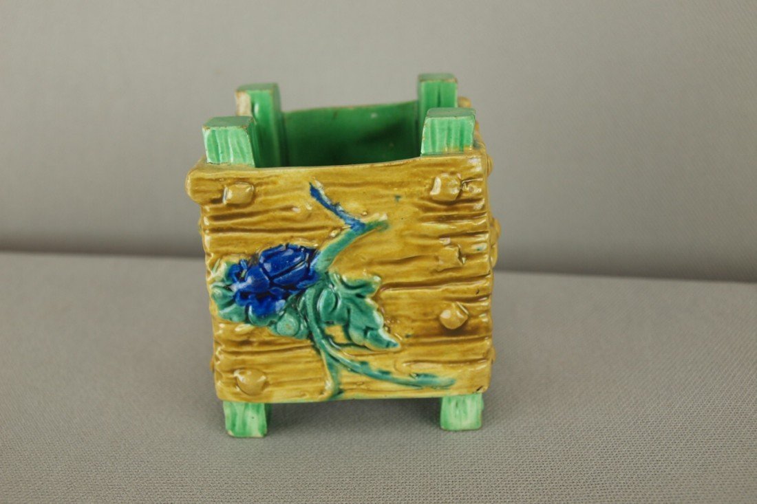 """514: ROYAL WORCESTER crate toothpick holderm, 3"""""""