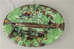 638: French Palissy Ware majolica oval tray with fish,