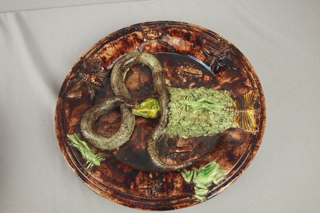 650: Mafra Portugal Palissy Ware plaque with brown grou