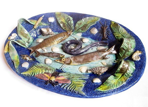 652: FRANCOIS MAURICE French Palissy Ware platter appli