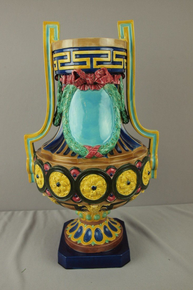 717: English majolica large two handled urn, minor chip