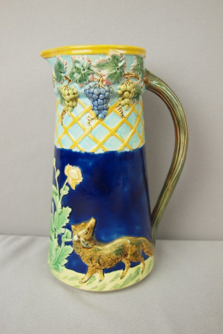 730: T.C.BROWN WESTHEAD MOORE & CO fox and grape jug wi