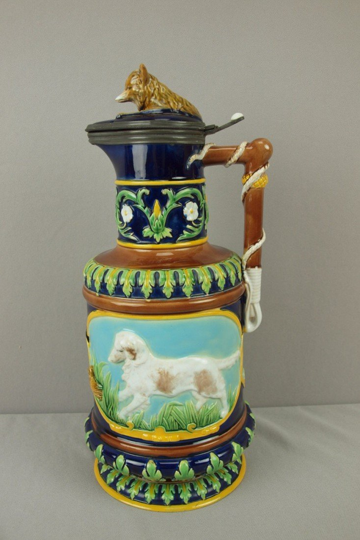 732: GEORGE JONES majolica large size hunt jug with fox