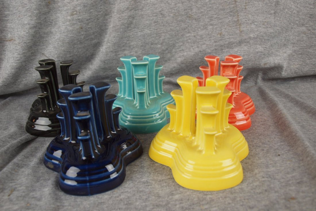 78: Fiesta Post 86 pyramid candle holder group - Cobalt