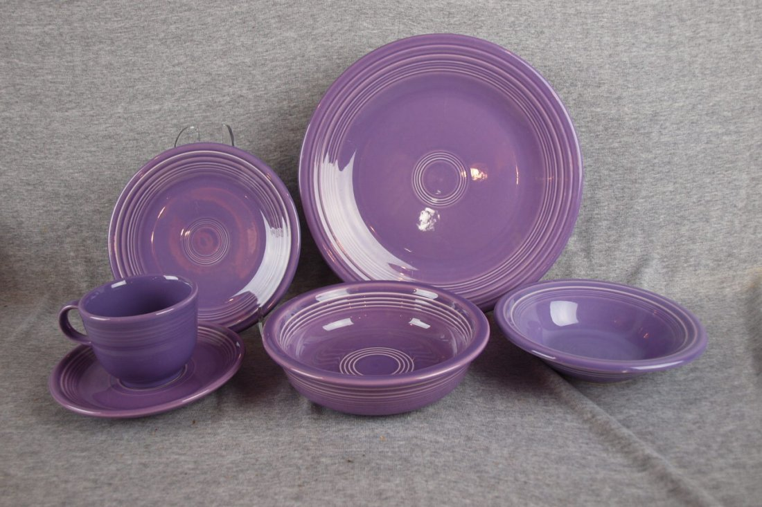3: Fiesta Post 86 Lilac 6 piece place setting