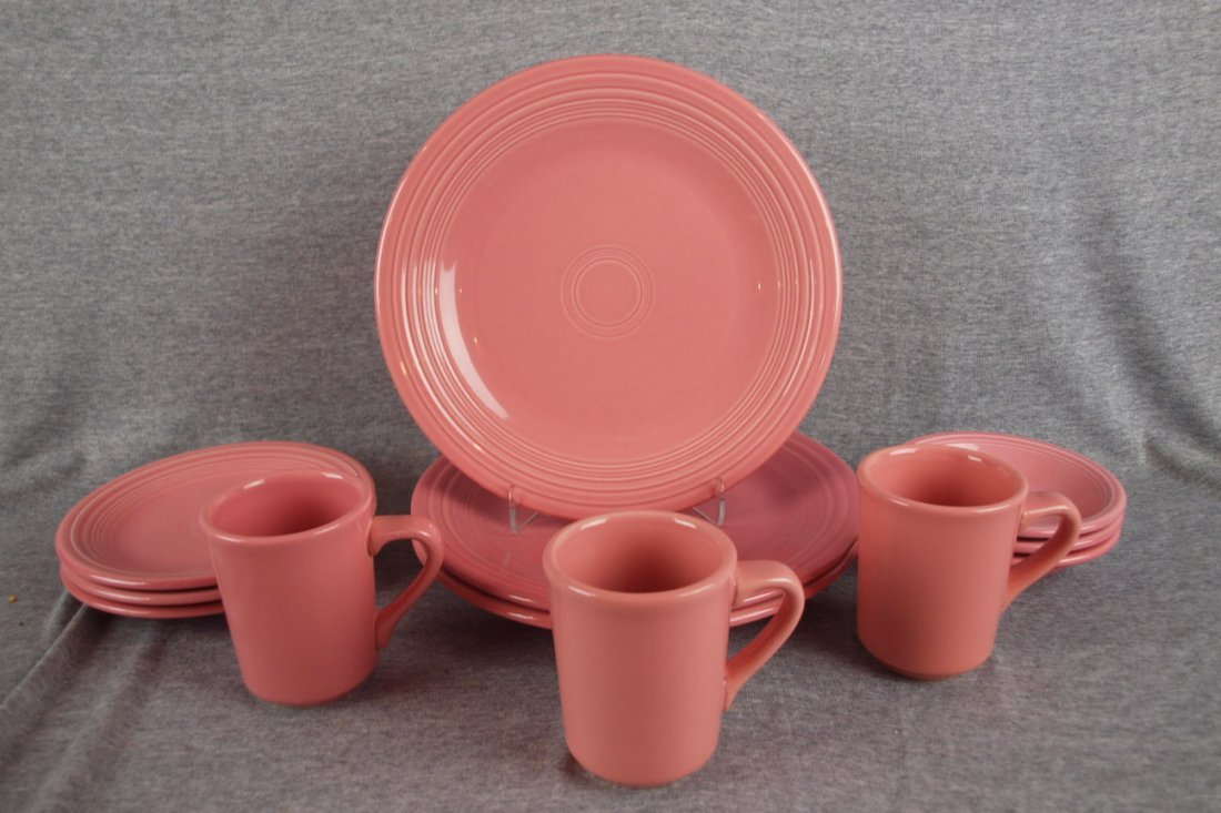 15:  Fiesta Post 86 Rose 3-4 piece place settings, 12 p