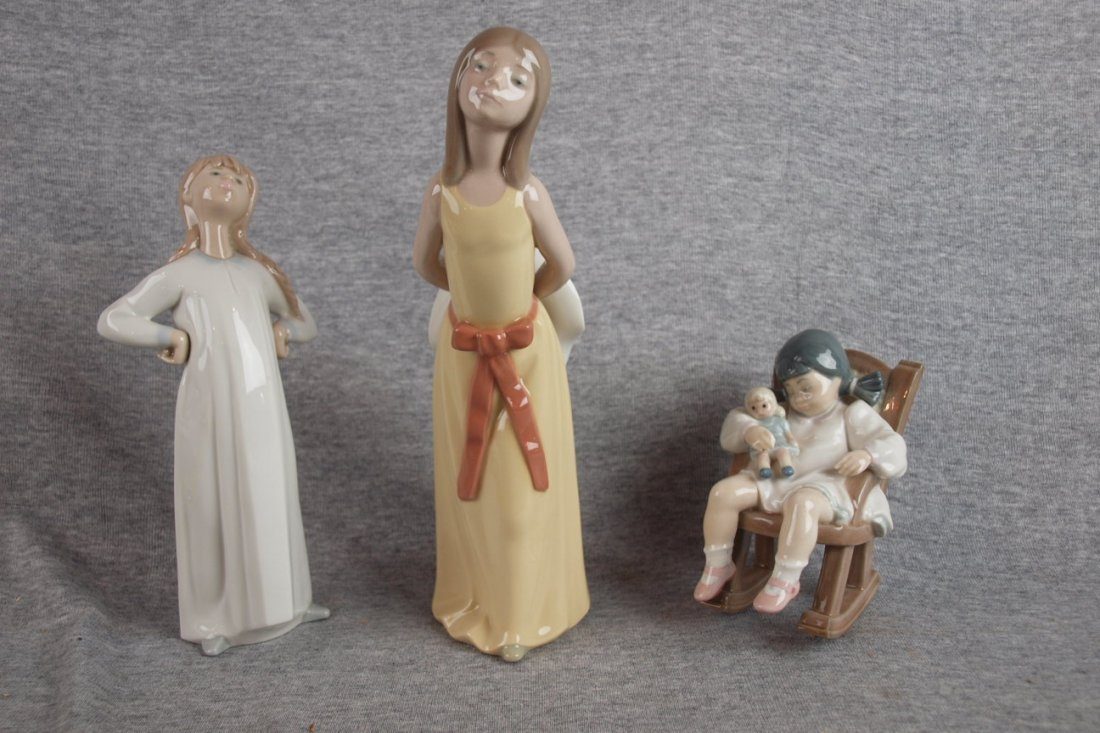 502D: Lladro lot of 3 figures