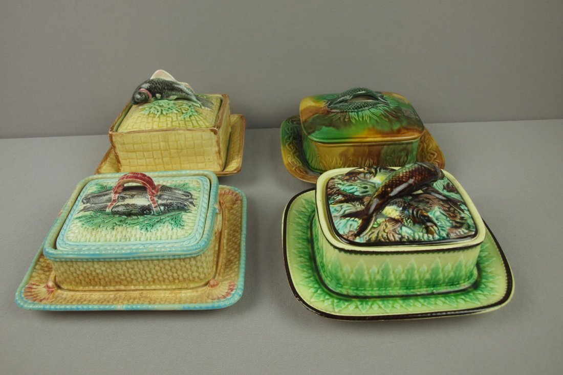 14:  Majolica lot of 4 sardine boxes with attached unde