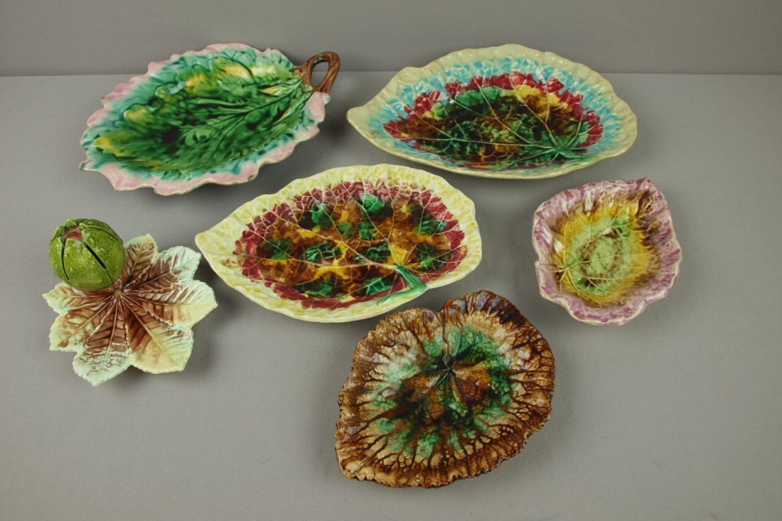 15:  Majolica lot of 6 leaf trays, various condition