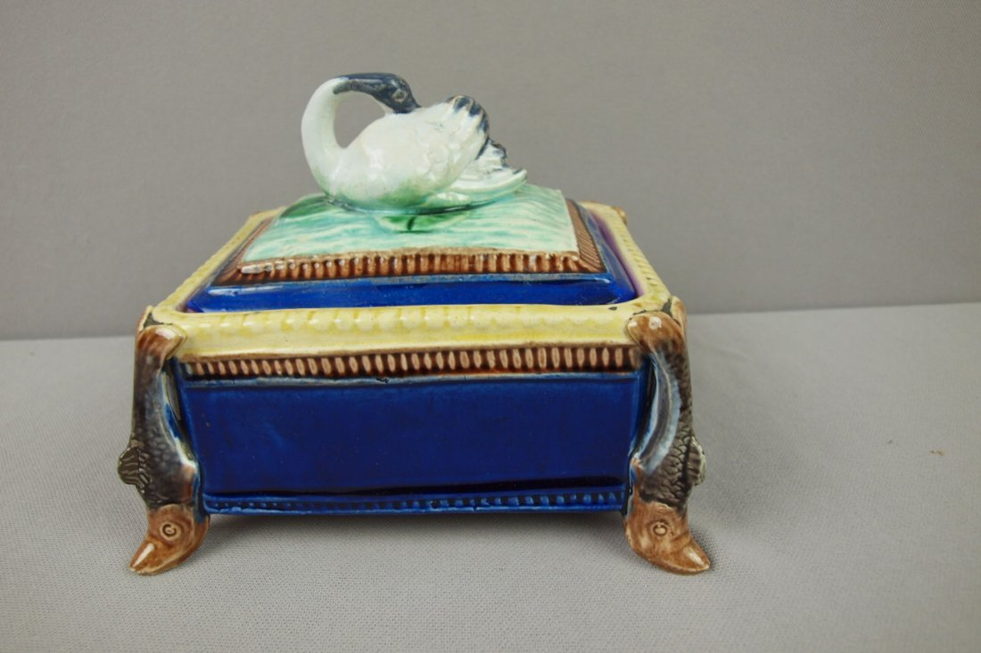 35:  Majolica cobalt sardine box with fish corners and