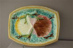 231  Majolica twin shells on waves platter 12 12