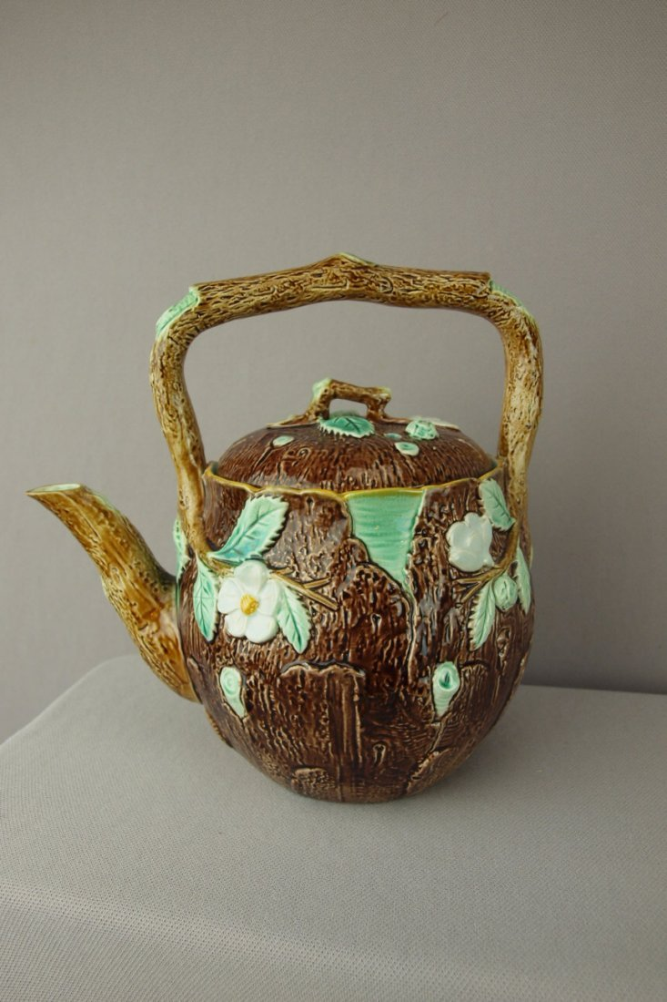277:  HOLDCROFT majolica dogwood tea kettle, rare never