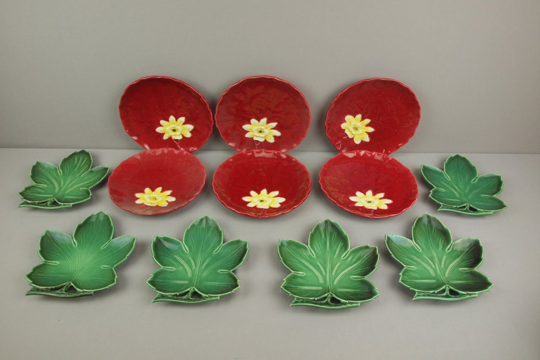 Majolica lot of 12 plates - 6   Zell red water lily, 9