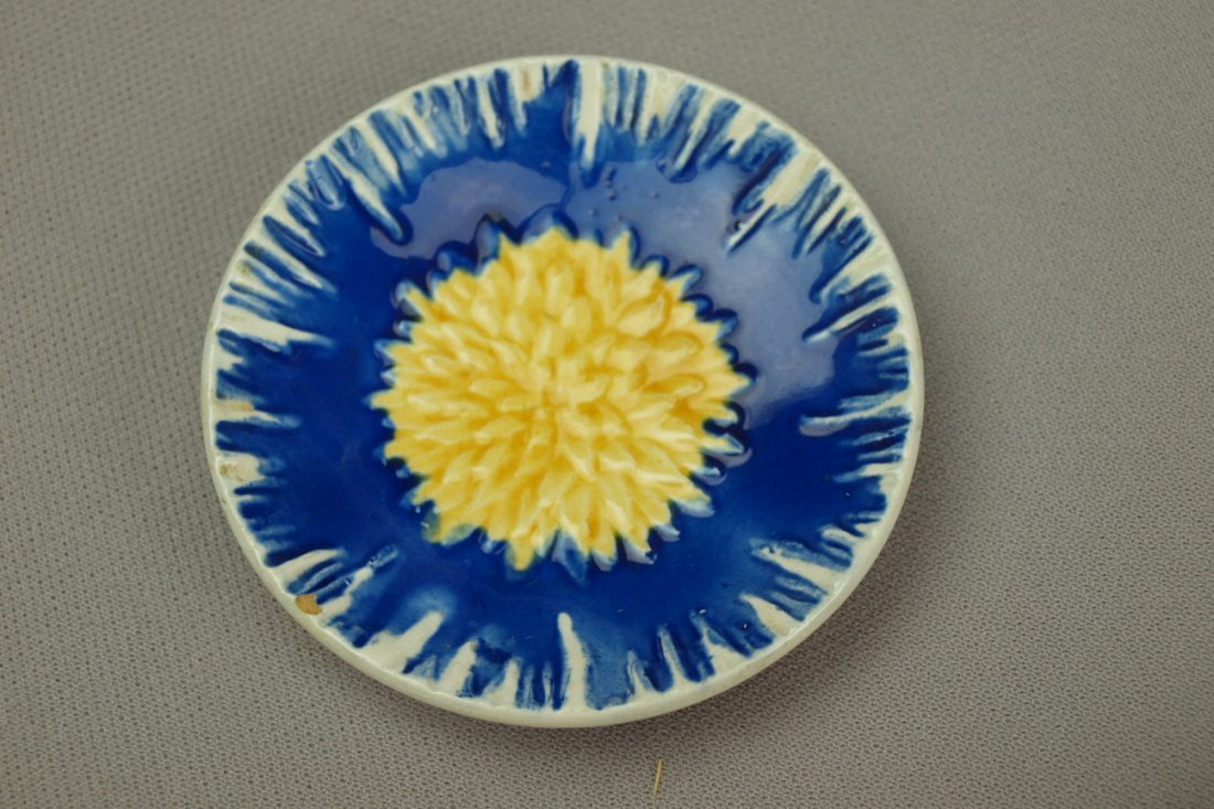 WEDGWOOD cobalt and yellow   floral butter pat, minor