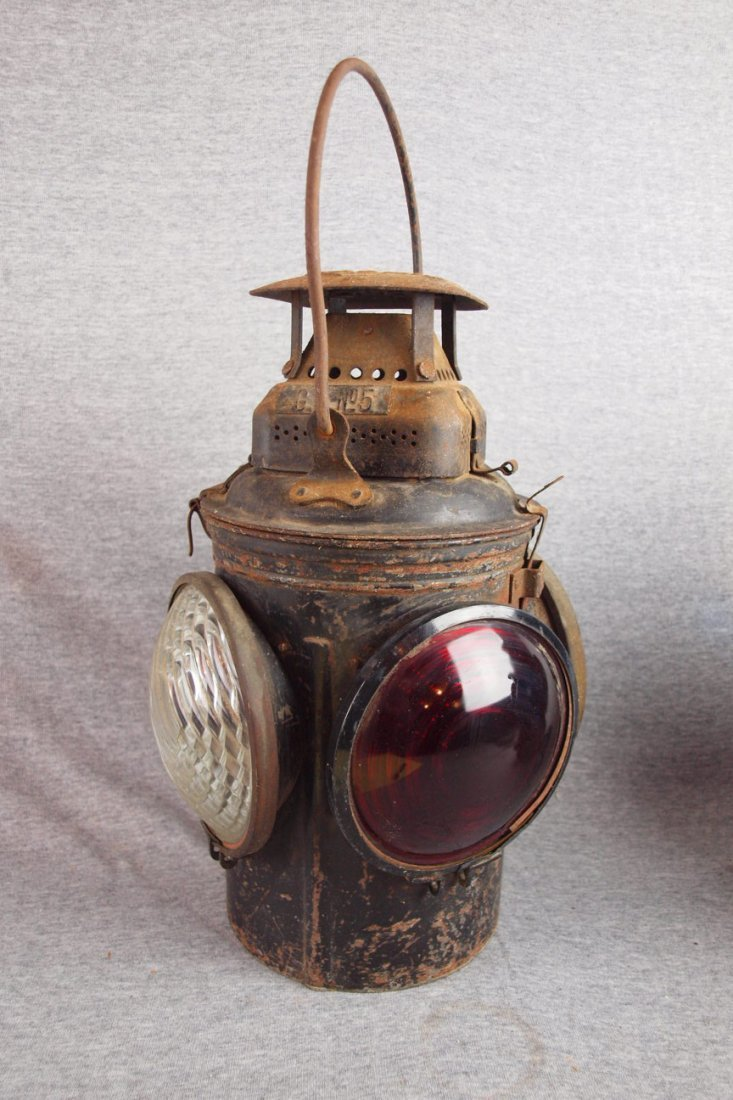 Adlake 4 light railroad   lantern with 2 red and 2 clea