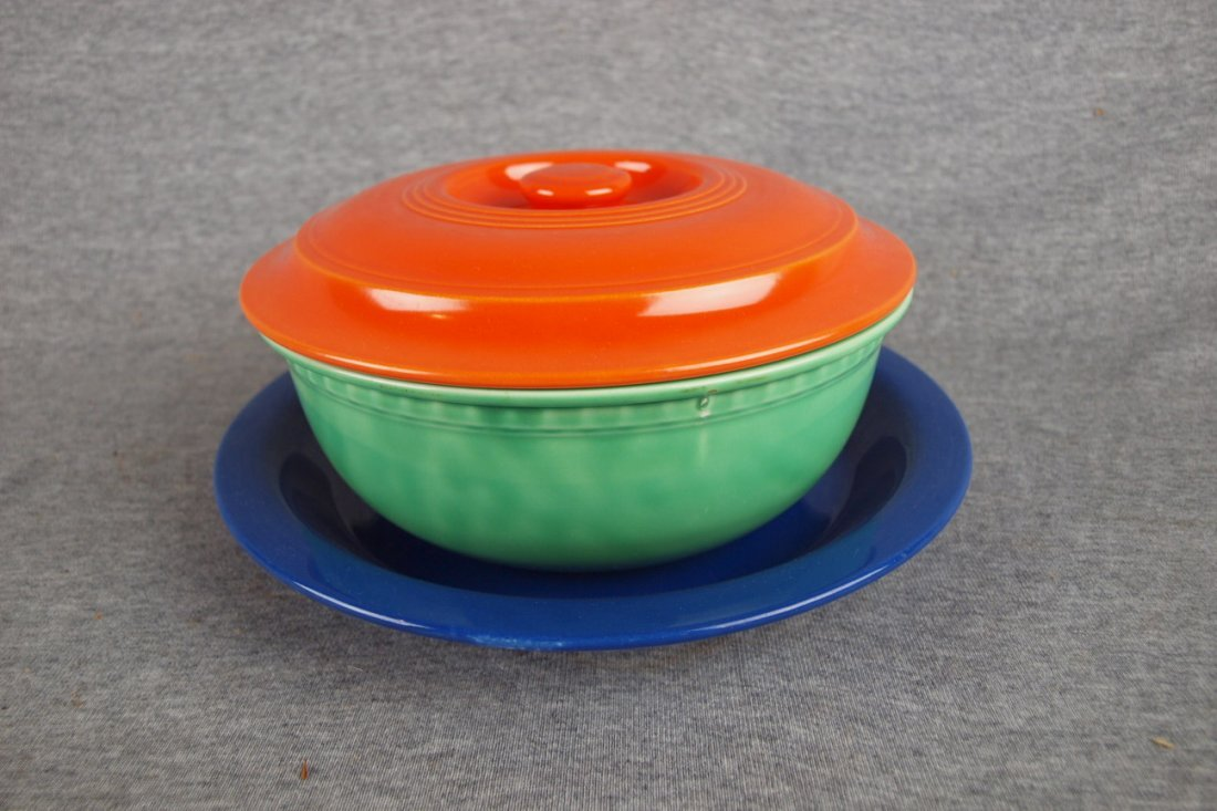 FIESTA PROMOTIONAL CASSEROLE, RED LID, GREEN BASE AND