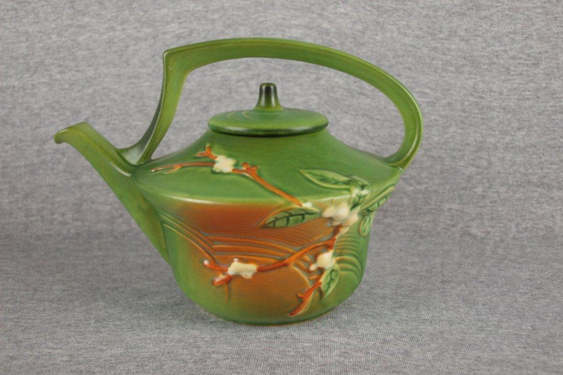 Roseville green Snowberry   teapot, 1TP