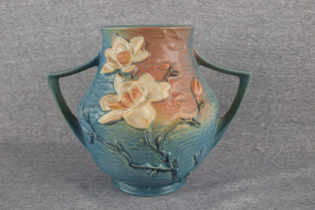 "Roseville blue Magnolia two   handledvase, 91-8"", base"