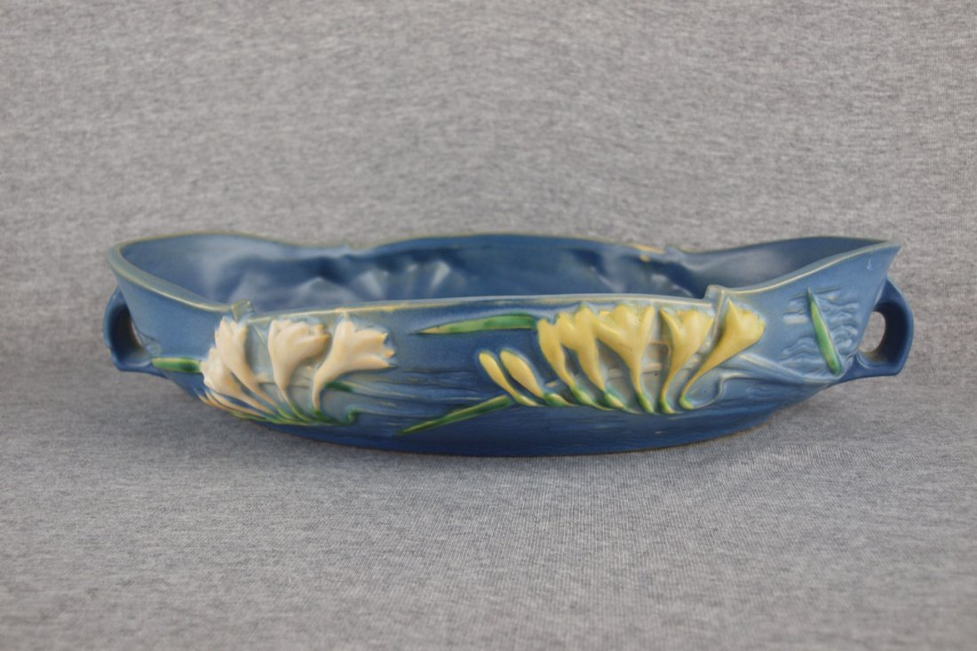 """Roseville blue Freesia   console bowl, 469-14"""", nick"""