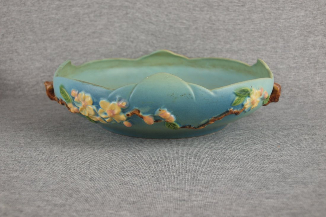 "Roseville blue Apple Blossom   console bowl, 330-10"""