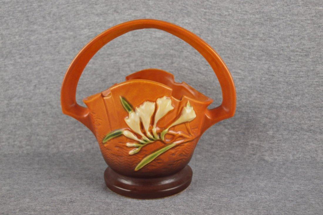 "Roseville brown Freesia  basket, 391-8"""