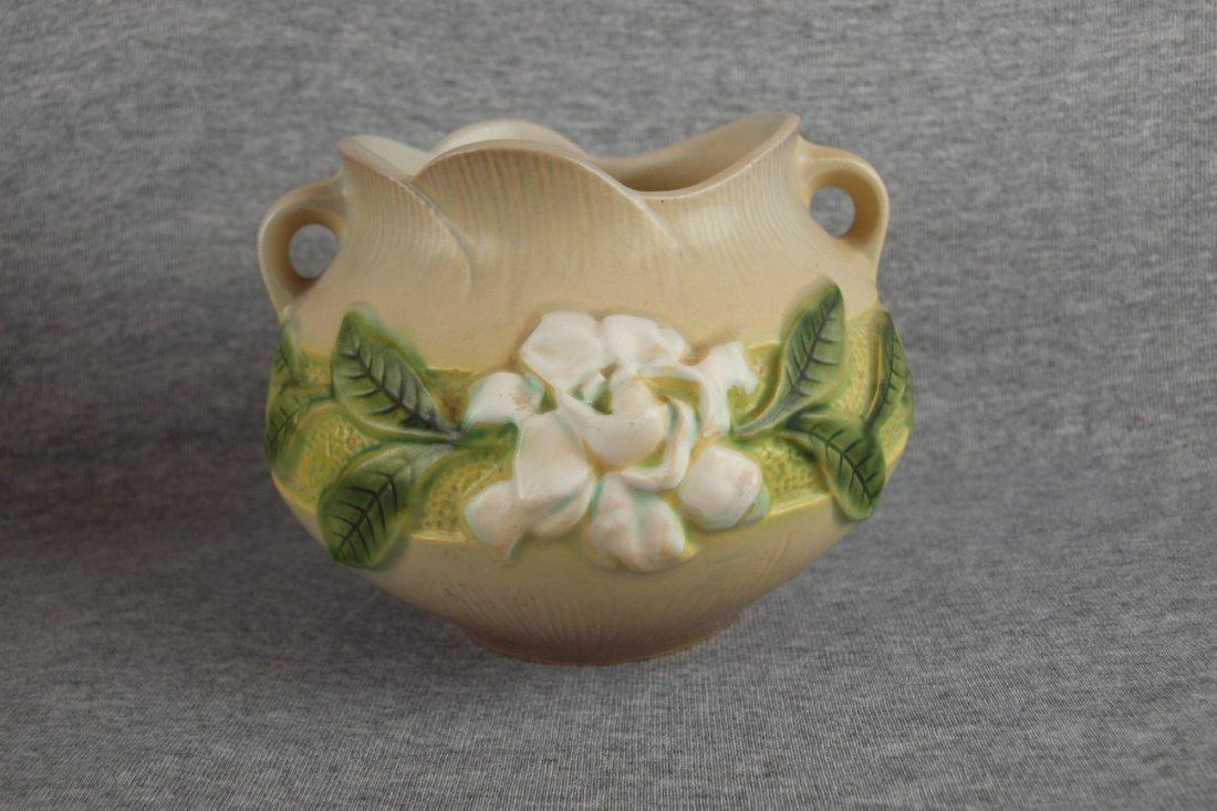 "Roseville gray Gardenia  jardiniere, 641-5"""