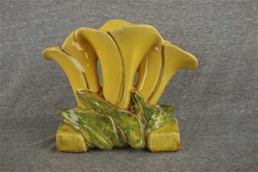 Mccoy Pottery Triple Tulip Vase