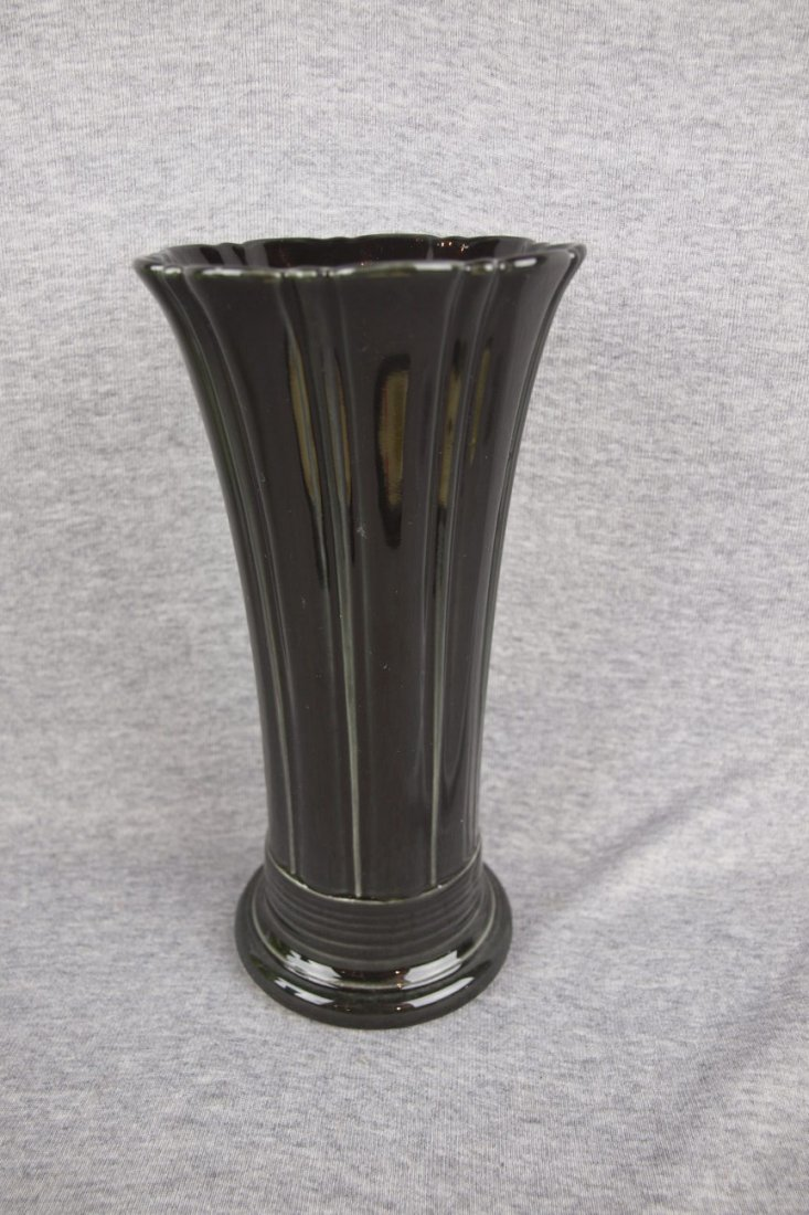 Fiesta Post 86 medium vase, black