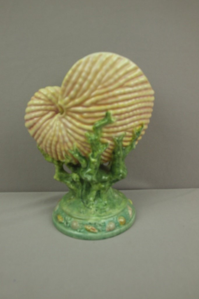 "Porcelain nautilus shell vase, 9"""
