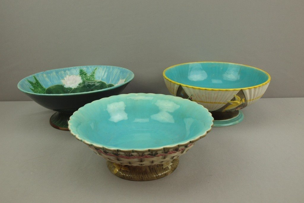 Lot of 3 majolica compotes - 2 Wedgwood and 1