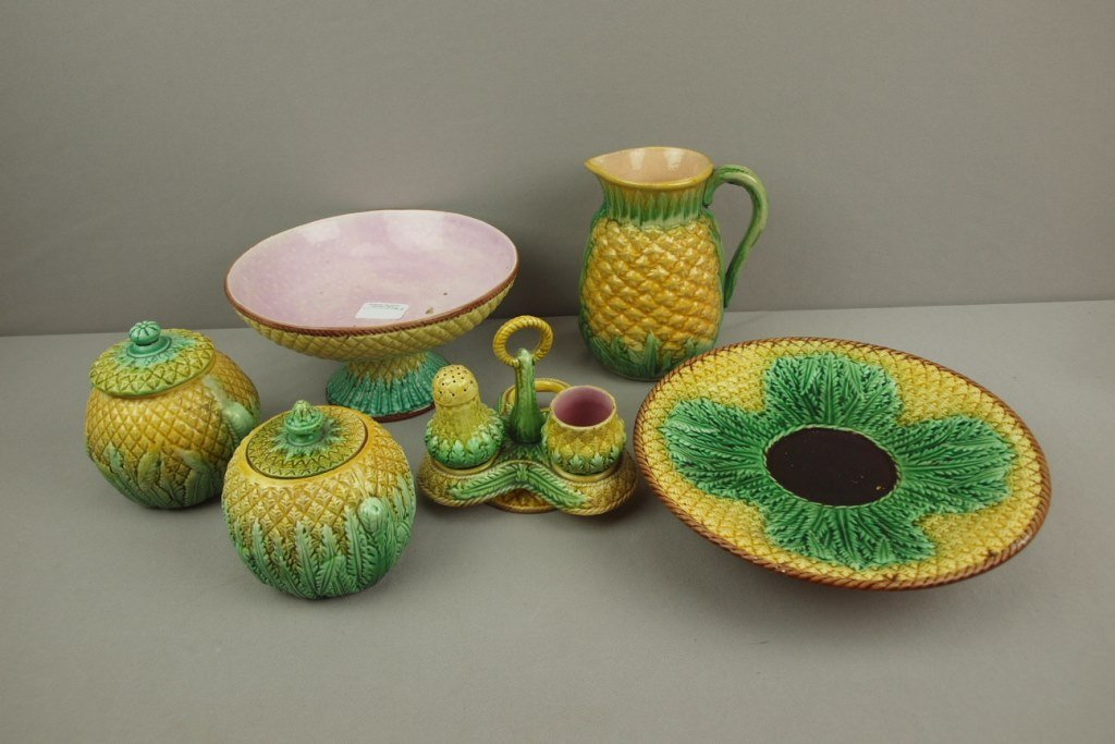 Majolica lot of 6 pineapple pieces, various condition,