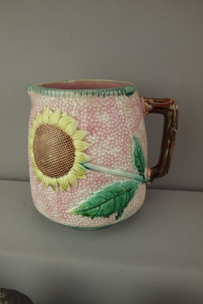 ETRUSCAN rare large pink sunflower majolica pitcher,