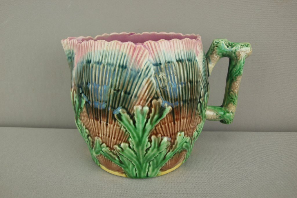 """ETRUSCAN majolica shell and seaweed 6"""" pitcher, great"""