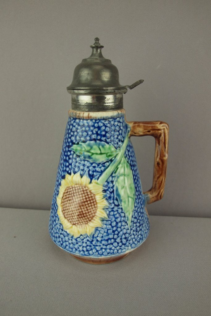 "ETRUSCAN majolica cobalt sunflower syrup, 8"", nice"