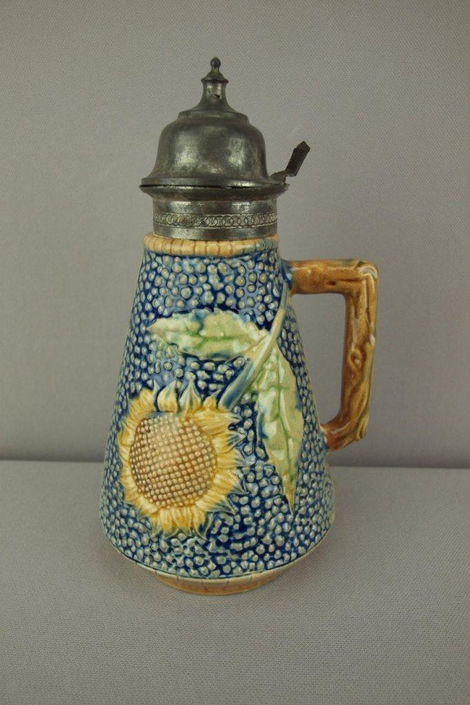 "ETRUSCAN majolica cobalt sunflower syrup pitcher, 8"""