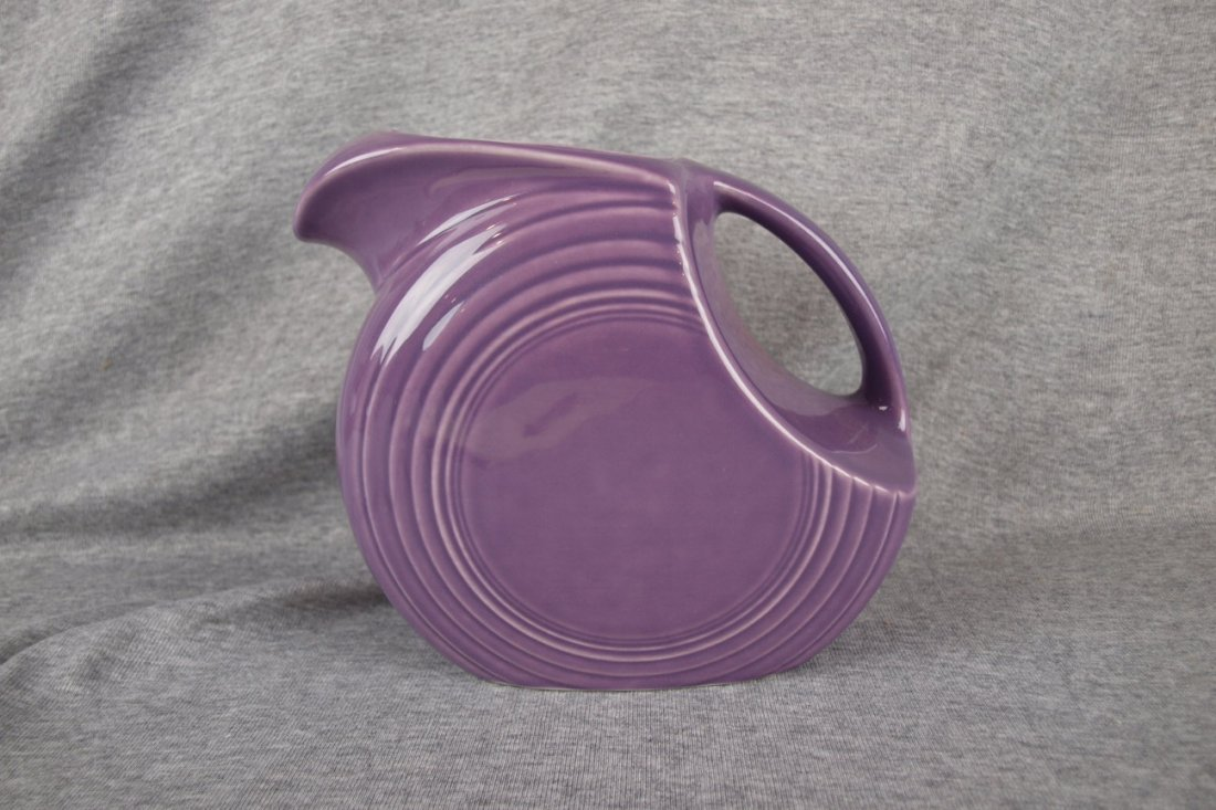Fiesta Post 86 lilac disk water pitcher
