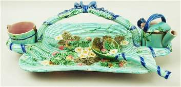 A very rare and charming Wedgwood Majolica strawberry